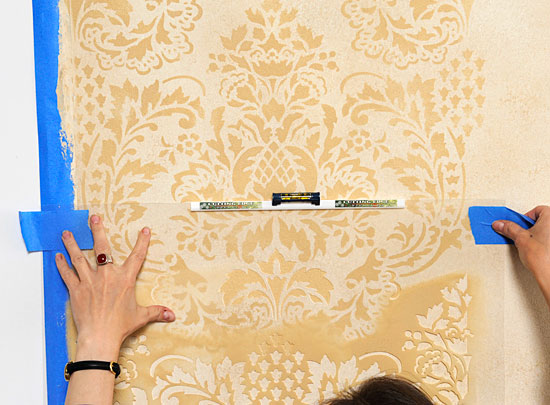 Damask/Allover Stenciling Tips: How to use an interlocking stencil ...