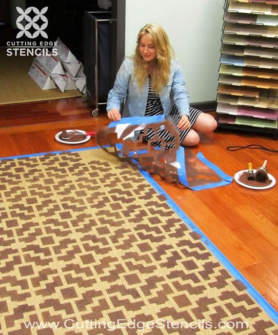 DIY-stenciling-tutorial-home-decor-rug