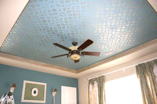 Metallic Paint Bathroom Ideas: Stencils For Ceiling Painting: The New Feature Wall