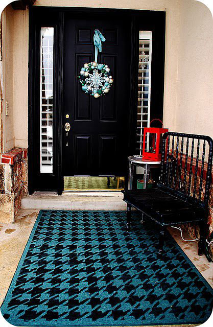 Gorgeous Rug Stenciled with Houndstooth Allover Stencil
