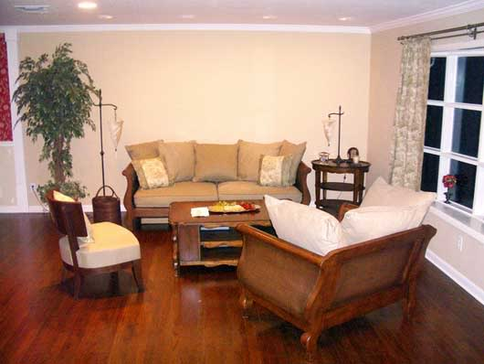 Learn how to use a stencil to liven up a boring beige living room!