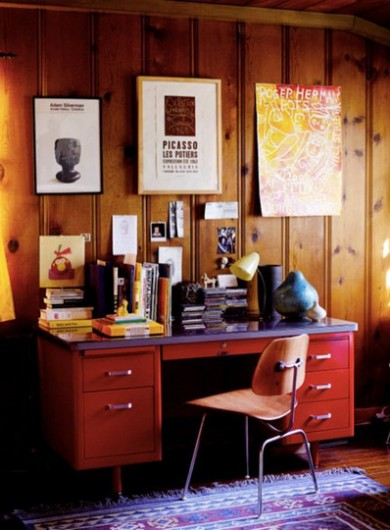 A faux wood paneled room found on Apartment Therapy.