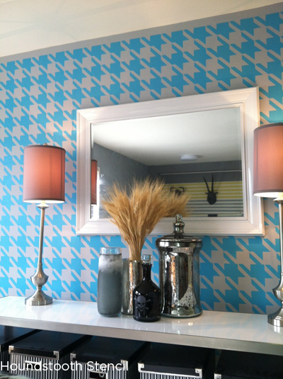Stencil the Houndstooth pattern from Cutting Edge Stencils in blue and gray for classic modern twist! http://www.cuttingedgestencils.com/wall_stencil_houndstooth.html