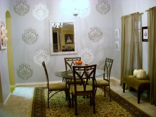 Stenciled Brocade No. 1 dining room. http://www.cuttingedgestencils.com/Brocade-stencil-damask.html