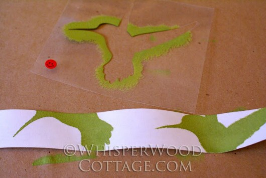 Cutting Edge Stencils shares how to stencil a DIY candle wrap as a holiday gift. http://www.cuttingedgestencils.com/wall-stencil-branch.html