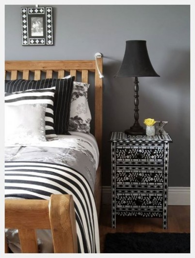 A painted night stand and picture frame using the Indian Inlay Stencil Kit. http://www.cuttingedgestencils.com/indian-inlay-stencil-furniture.html