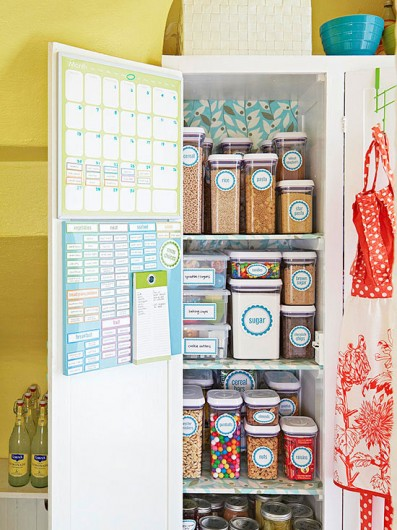 This organized pantry was spotted on Better Homes and Gardens website.