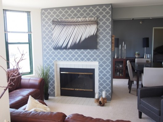 Stenciling a textured wall using the Heritage Grill Stencil. http://www.cuttingedgestencils.com/heritage-grill-allover-stencil.html