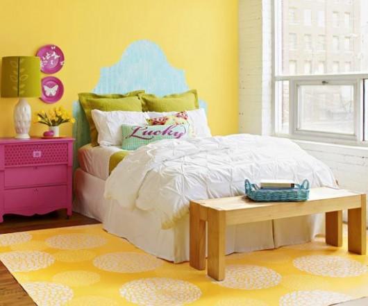 A yellow Zinnia Grande stenciled bedroom. http://www.cuttingedgestencils.com/flower-stencil-zinnia-wall.html