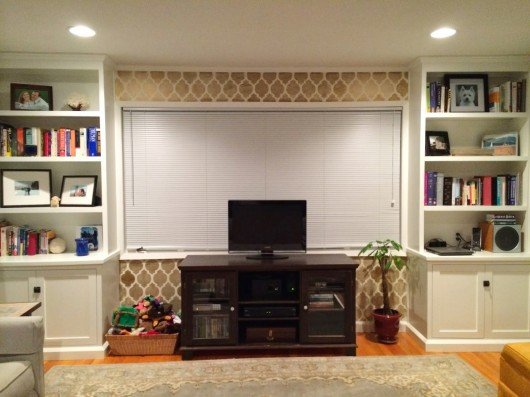 A DIY stenciled accent wall in a living room using the Casablanca Stencil. http://www.cuttingedgestencils.com/allover-stencils.html