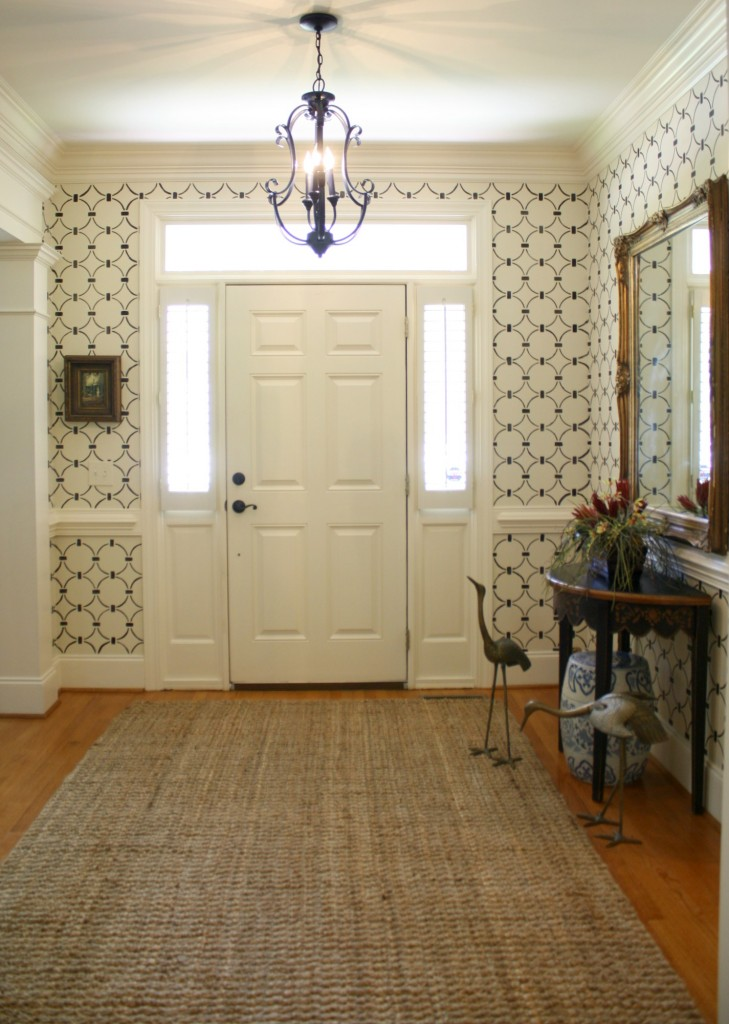 A DIY stenciled entryway using the Chain Link Allover stencil pattern. http://www.cuttingedgestencils.com/link-stencil-pattern.html
