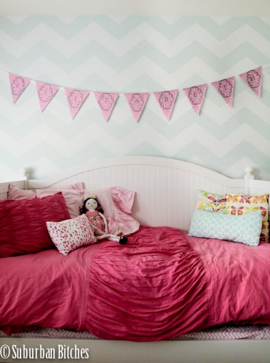 Stenciling A Little Girl S Room To Grow