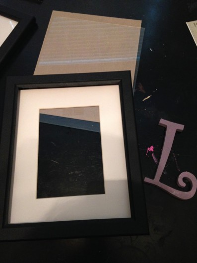 How to stencil a frame using the Casablanca Card Stencil. http://www.cuttingedgestencils.com/casablanca-card-stencils-template.html