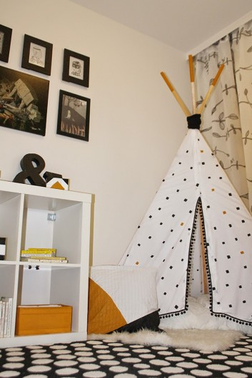 A DIY stenciled teepee for a reading nook using the Little Diamonds Stencil. http://www.cuttingedgestencils.com/little-diamonds-pattern-stencil-for-walls.html