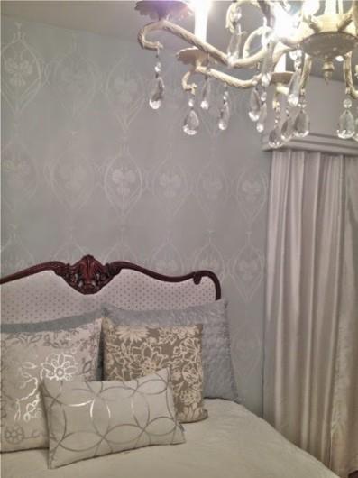 A DIY stenciled bedroom makeover using the Rachels Garden stencil. http://www.cuttingedgestencils.com/stencil-allover-pattern-2.html