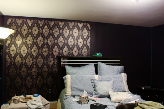 Stenciling the Diamond Damask wall pattern in gold on a bedroom accent wall. http://www.cuttingedgestencils.com/damask-stencil-pattern.html