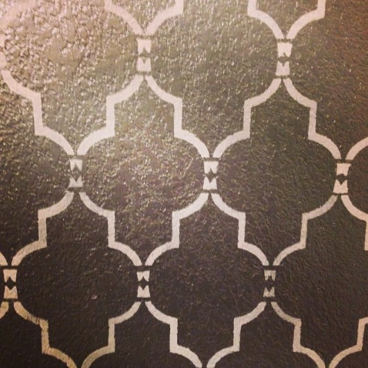Stenciling the Marrakech Trellis Stencil. http://www.cuttingedgestencils.com/moroccan-stencil-marrakech.html