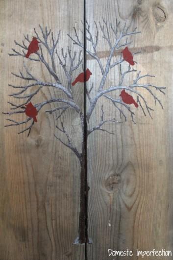 DIY stenciled pallet art using the Winter Cardinals Stencil. http://www.cuttingedgestencils.com/cardinal-stencils.html