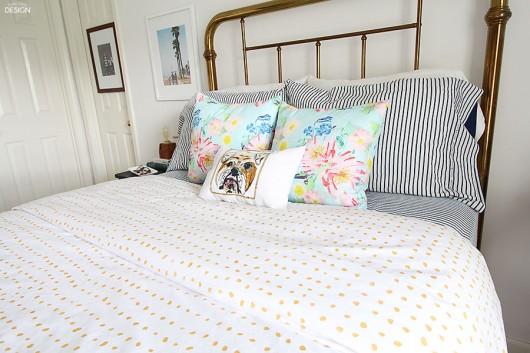 stenciling a duvet cover a giveaway. Black Bedroom Furniture Sets. Home Design Ideas