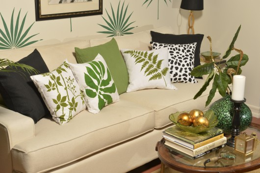 DIY Accent Pillows Using Nature Inspired Paint A Pillow Kits.  Www.paintapillow