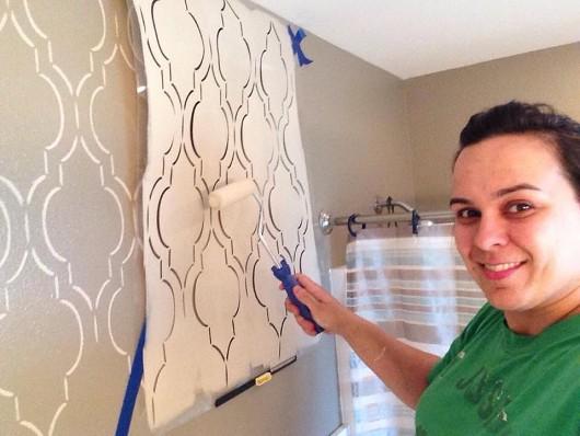 Stenciling a DIY bathroom wall using the Sophia Trellis Allover Stencil. http://www.cuttingedgestencils.com/sophia-trellis-stencil-geometric-wall-pattern.html
