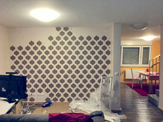 Stenciling A Diy Accent Wall In An Apartment Using The Cascade Allover Stencil Http