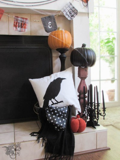 A DIY stenciled Halloween accent pillow using the Crow Stencil Kit. http://www.cuttingedgestencils.com/crow-stencil-design-halloween-home-decor-diy-pillow-kit.html