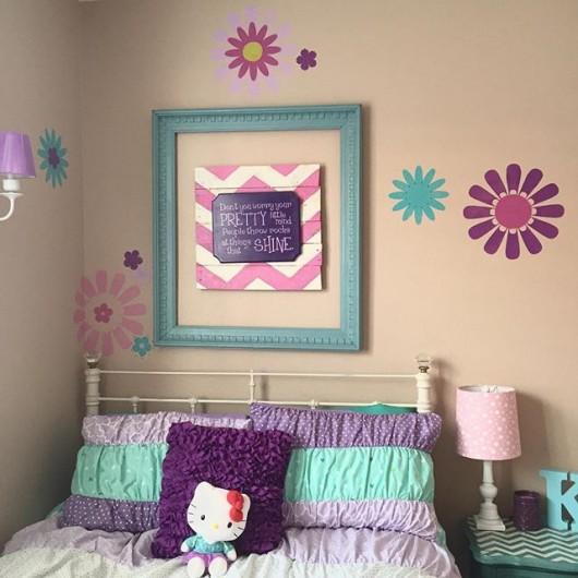 A DIY stenciled kids room using the Daisy Crazy Flower Stencils. http://www.cuttingedgestencils.com/flower-stencils-daisy.html