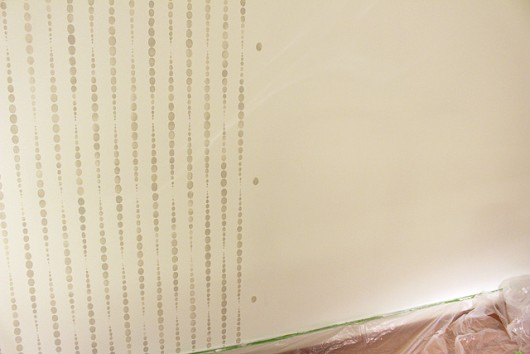 Stenciling a DIY accent wall using the Beads Allover Stencil from Cutting Edge Stencils. http://www.cuttingedgestencils.com/beads-wall-stencil-pattern.html