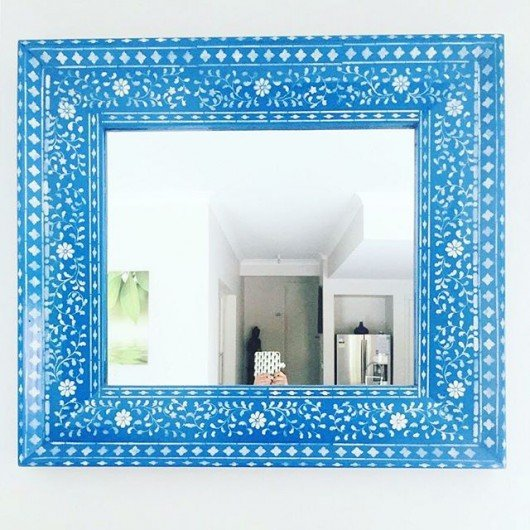 A DIY stenciled mirror frame using the Indian Inlay Stencil kit from Cutting Edge Stencils. http://www.cuttingedgestencils.com/indian-inlay-stencil-furniture.html