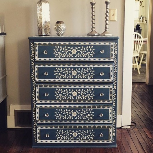 A DIY stenciled dresser in navy and cream using the Indian Inlay Stencil Kit from Cutting Edge Stencils. http://www.cuttingedgestencils.com/indian-inlay-stencil-furniture.html