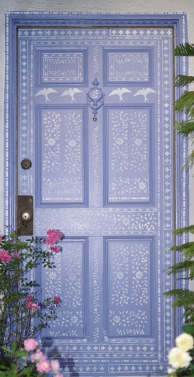 A DIY painted and stenciled front door using the Kim Myles Indian Inlay Stencil Kit from Cutting Edge Stencils. http://www.cuttingedgestencils.com/indian-inlay-stencil-furniture.html