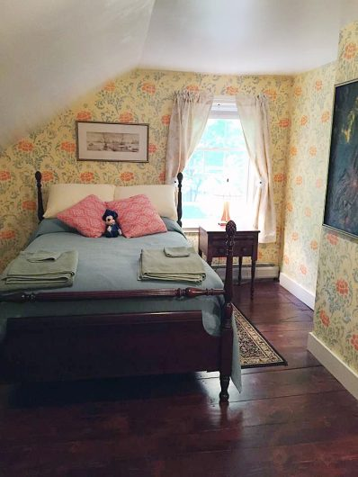 This bedroom was stenciled with the Julia Allover wall pattern to give it a wallpaper look. http://www.cuttingedgestencils.com/julia-wall-stencil.html
